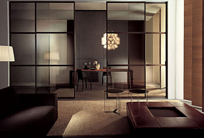 HOW TO USE GLASS PARTITIONS IN HOME